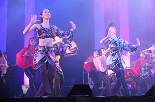 ジャズダンスの群舞.JPG